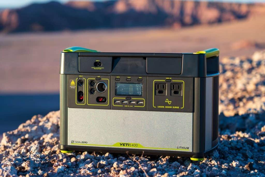 11 Best Solar Generators-9